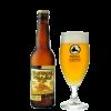 Bottiglia di birra con etichetta color giallo e bicchiere a fianco