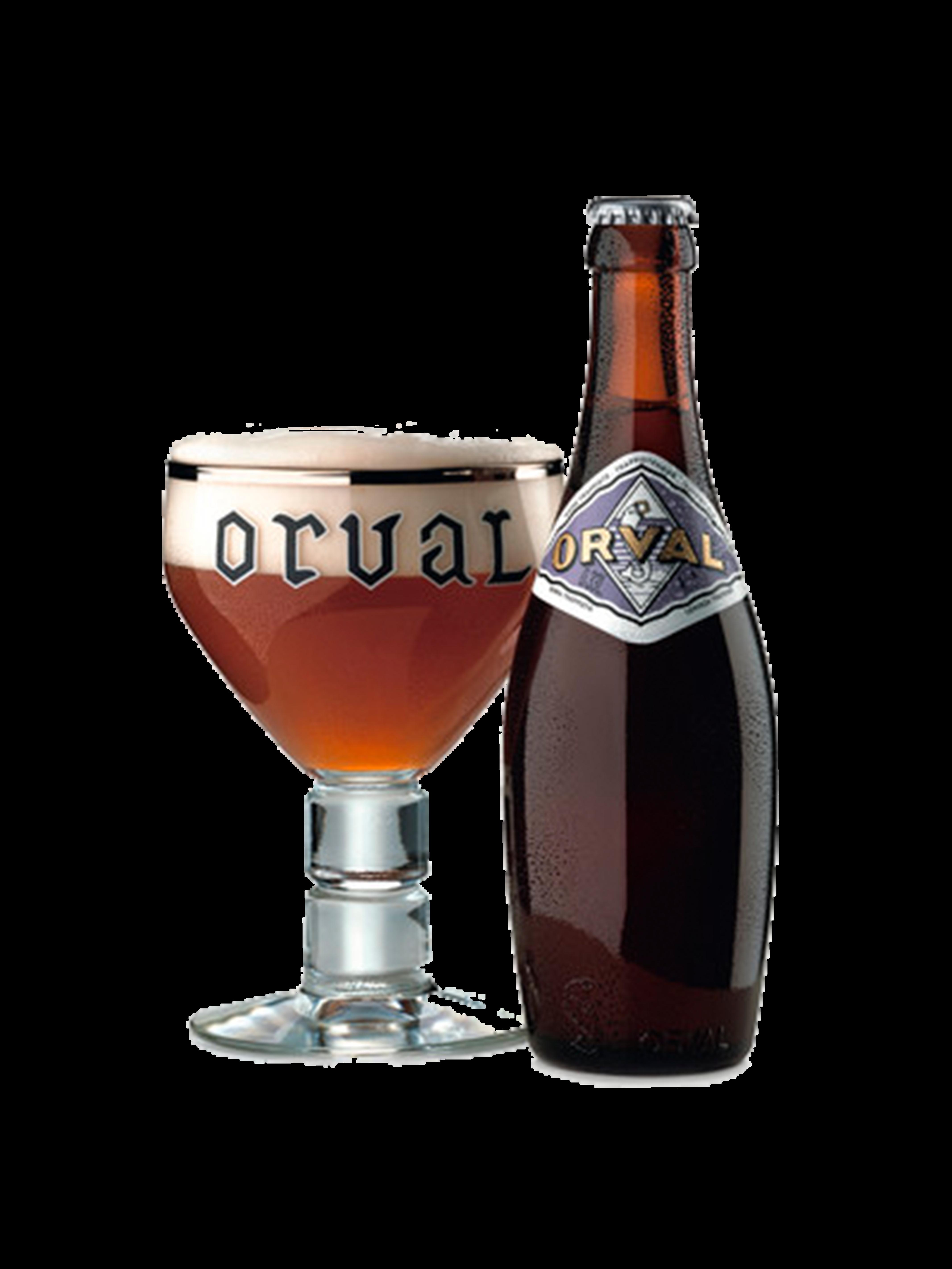 Bottiglia di birra con etichetta sul collo, a fianco un bicchiere