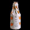 Bottiglia di birra avvolta da un cartoccio con simboli arancioni